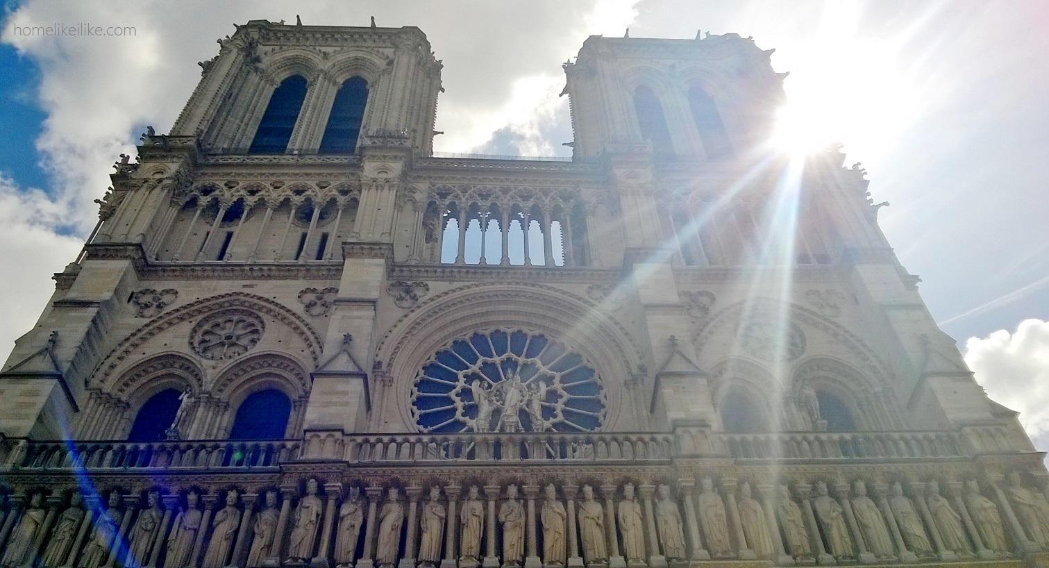 katedra Notre Dame - homelikeilike.com