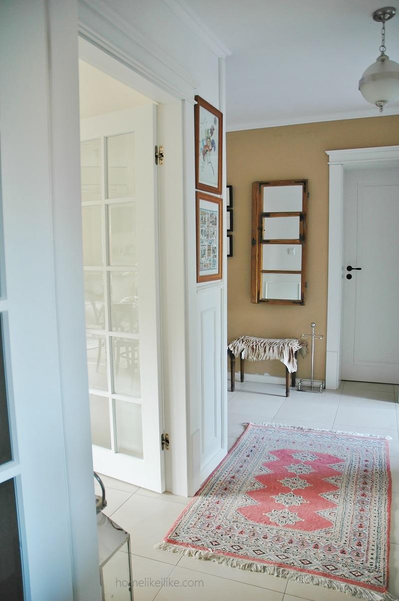rug entry - homelikeilike.com