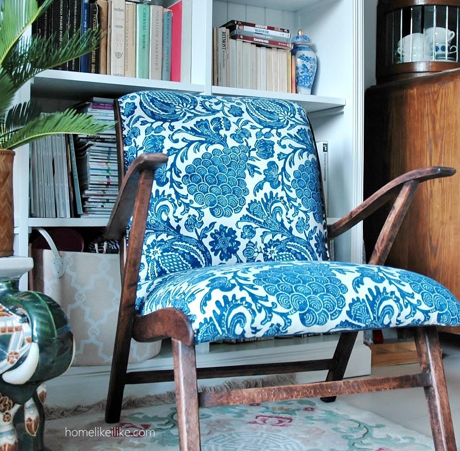 armchait blue and white - homelikeilike.com