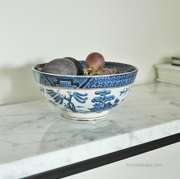 old blue and white china - homelikeilike.com