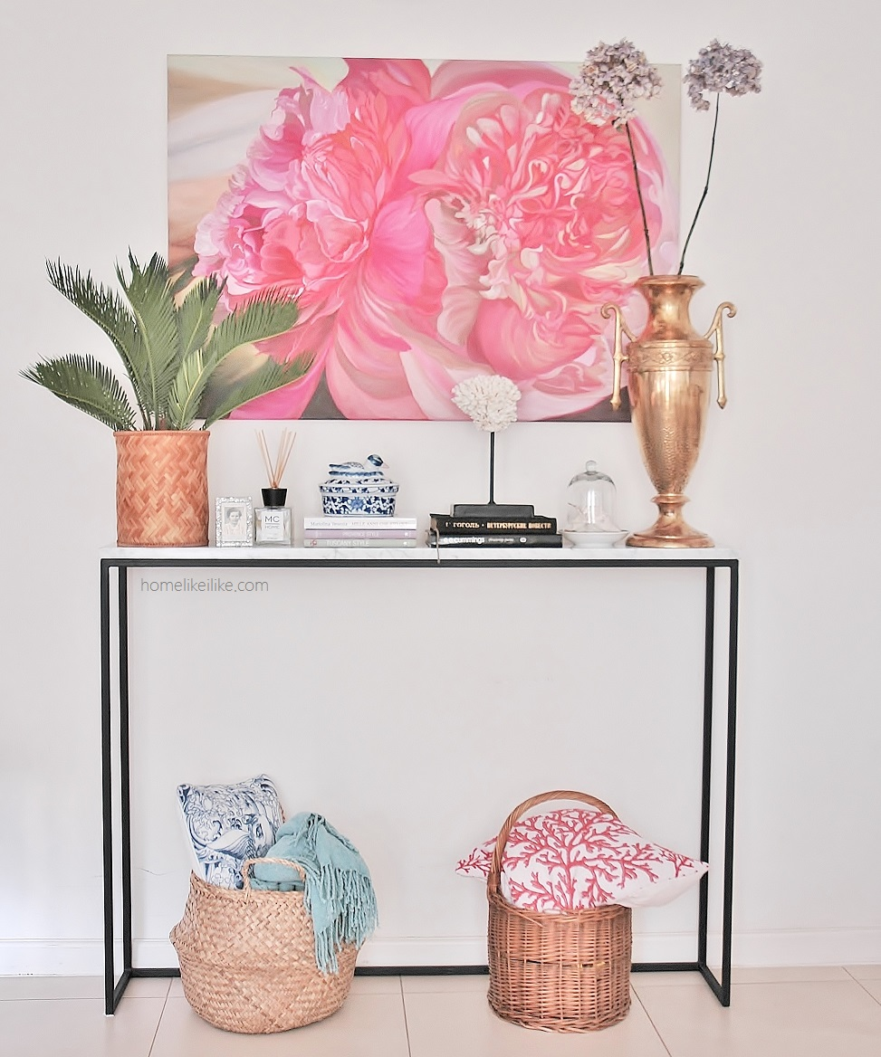 art and console styling - homelikeilike.com