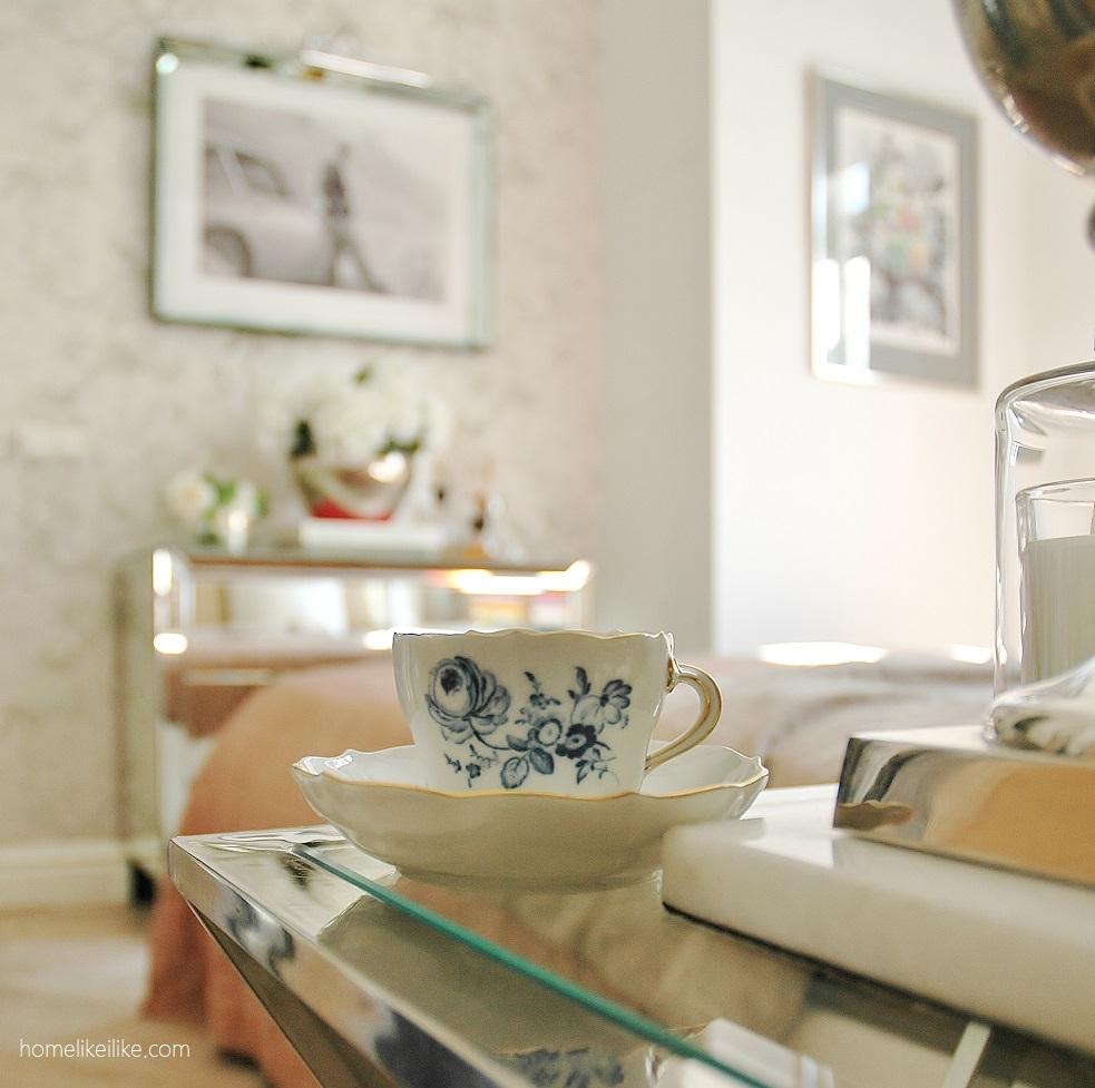 blue and white cup from Paweł Puszczyński home - photographed by homelikeilike.com