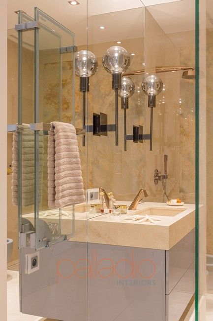 bathroom by Maria Rosaria Boccuni