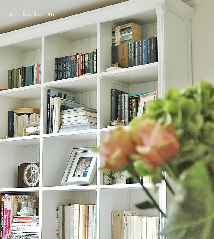 biblioteczka w stylu hamptons z seart.pl - homelikeilike.com