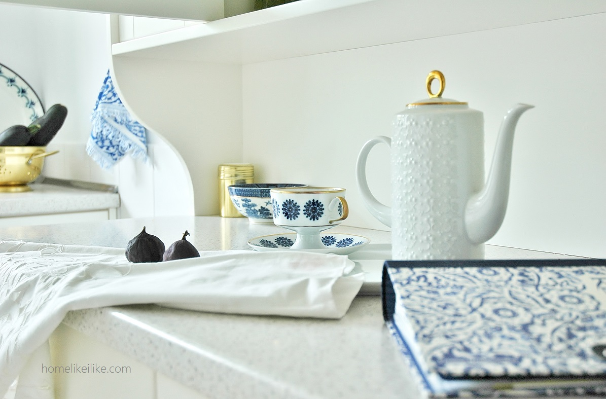 blue and white - homelikeilike.com