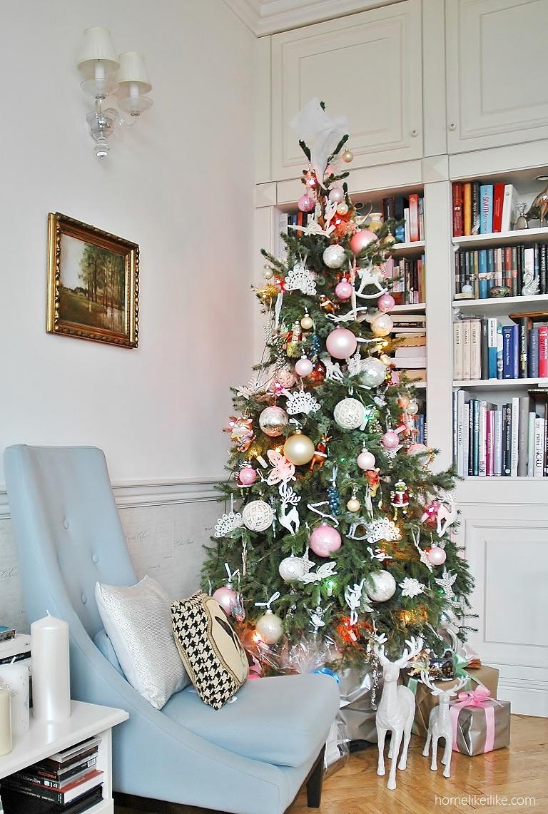 christmas tree by modern classic home - homelikeilike.com