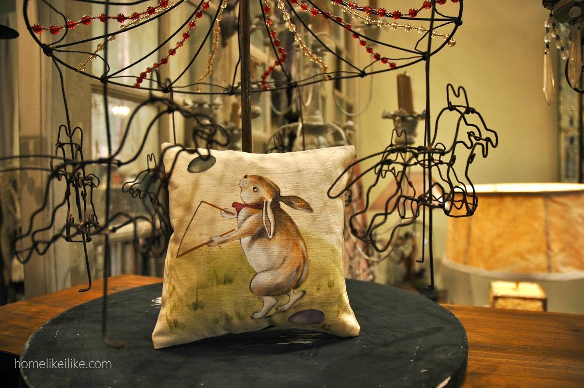 pillow - homelikeilike.com