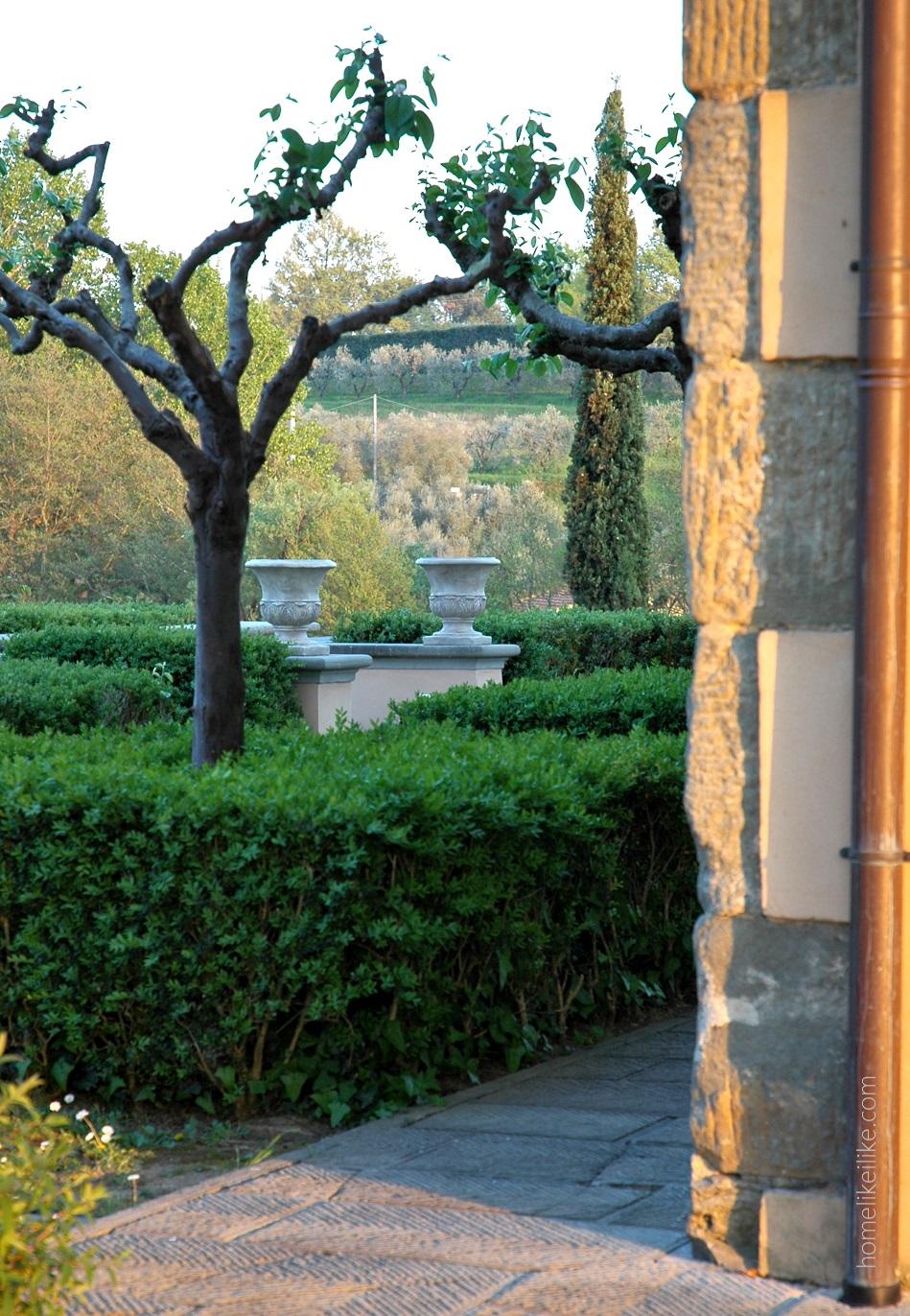 tuscany garden - homelikeilike.com
