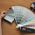 Szare ściany, czyli jak wybrać kolor