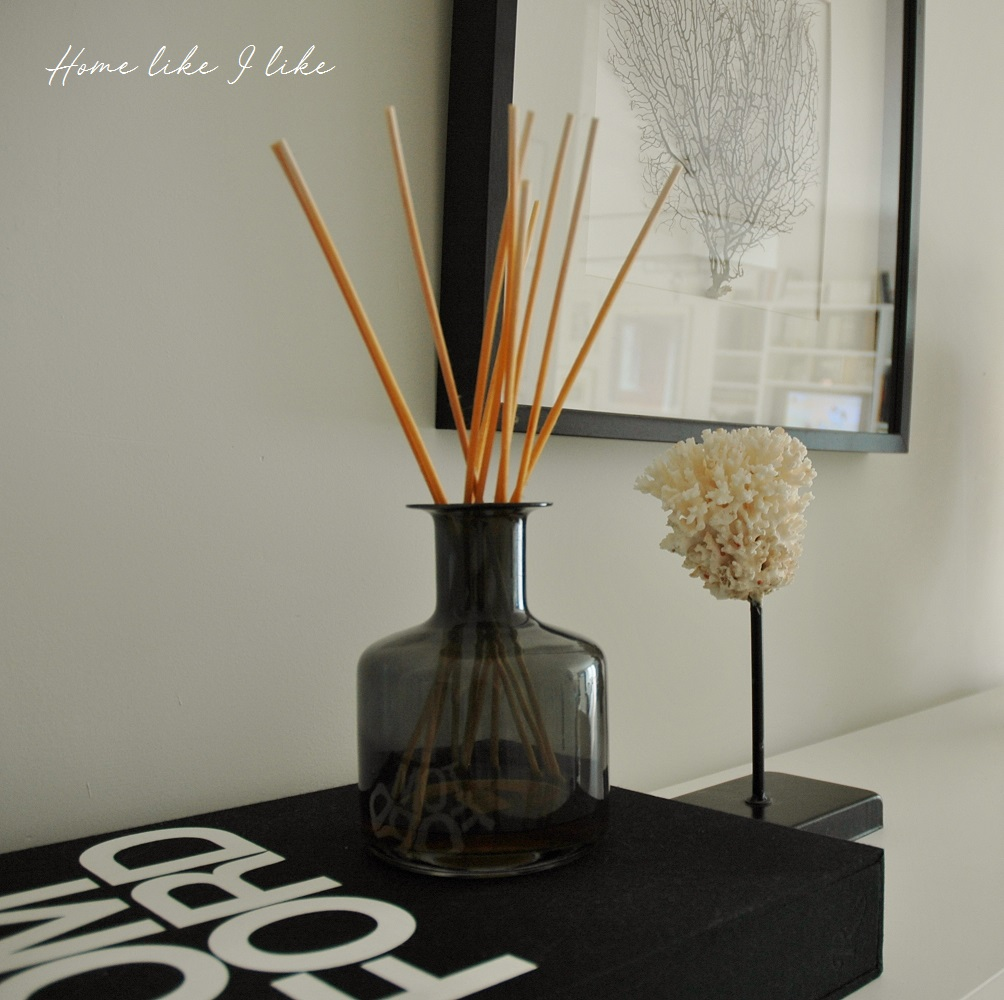 black and gold - homelikeilike.com