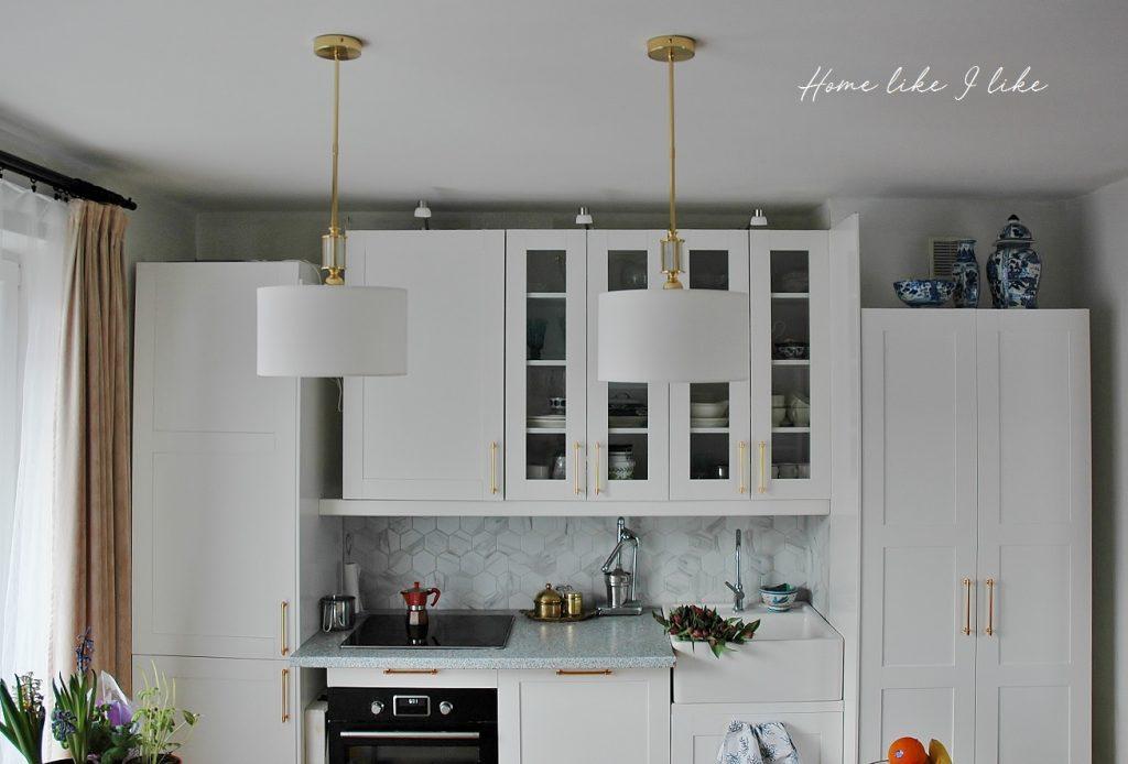 oswietlenie wyspy kuchennej - homelikeilike.com